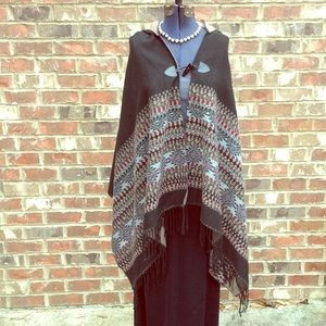 Accessories - Hooded shawl